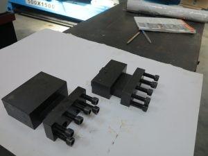 Стационарни държачи за директен монатаж на плоча на CNC патронен струг с наклонени направляващи