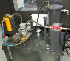 Система за охлаждане през шпиндела 40 bar на обработващ център VMC